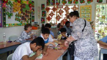 Ms. Julie Gilbert / Hoyle visits SAMH Klang