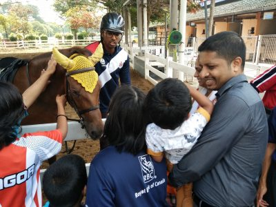 Terapi Berkuda oleh Unit Berkuda DBKL